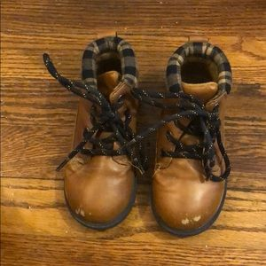 Toddler boy faux leather boots